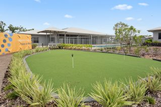 durack gardens green lawn